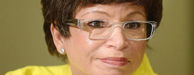 Really? Valerie Jarrett has NO CLUE if ANYONE in the White House received emails from Hillary Clinton