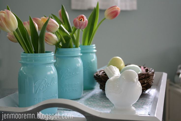easter decorationsSprays Painting, Crafts Ideas, Birds Nests, Jars Painting, Painting Mason Jars, Painted Mason Jars, Single Sunbeam, Painting Jars, Easter Ideas