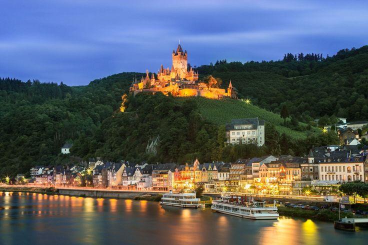 Cochem un conte de fées en Allemagne : Les plus beaux villages d'Europe - Linternaute