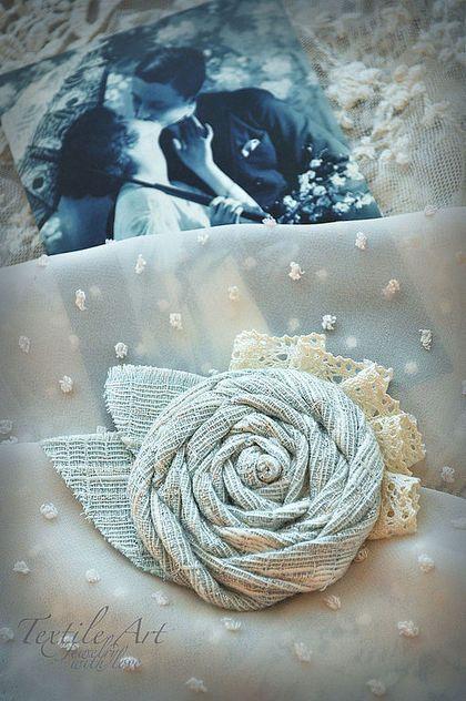 """Броши ручной работы. Ярмарка Мастеров - ручная работа. Купить Брошь """"Дыхание любви"""". Handmade. Брошь, роза, небесный, романтика"""