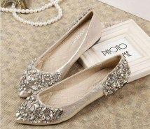25 Graceful Flat Wedding Shoes Lace Trends And Ideas (12)