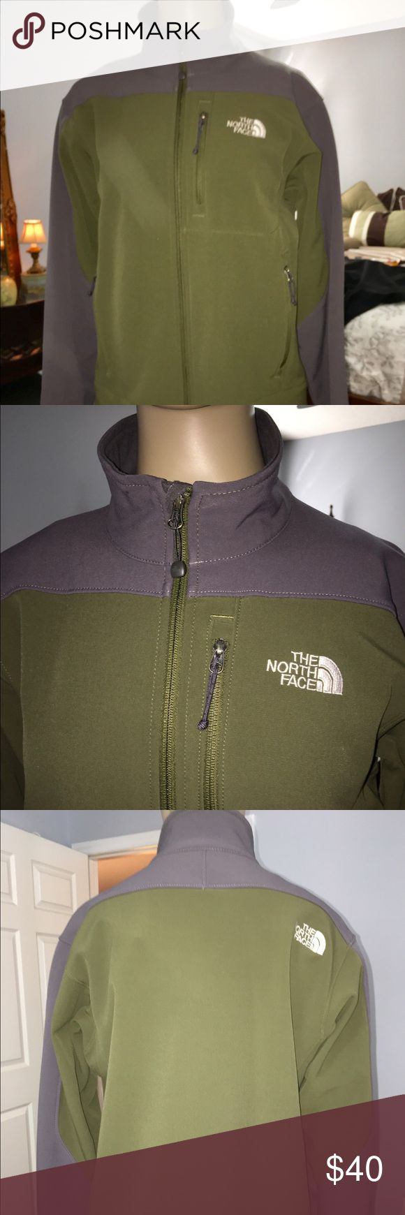 THE NORTH FACE LADIES JACKET THE NORTH FACE ARMY GREEN N GREY JACKET WITH ZIPPER FRONT N CHEST POCKETS WITH VELCRO SLEEVES EXCELLENT CONDITION LADIES SIZE S/P The North Face Jackets & Coats