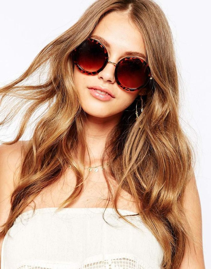 Reclaimed vintage round sunglasses, $22. Buy it here: http://justbestylish.com/10-best-sunglasses-you-shouldnt-miss/9/