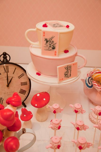 """Photo 1 of 22: Alice in Wonderland - Mad Hatters Tea Party / Birthday """"Eva's 7th Birthday"""" 