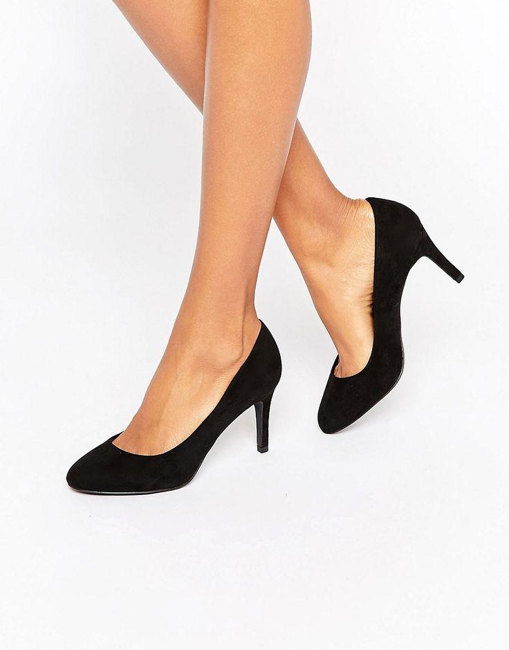 Image 1 ofNew Look Mid Heel Court Shoe