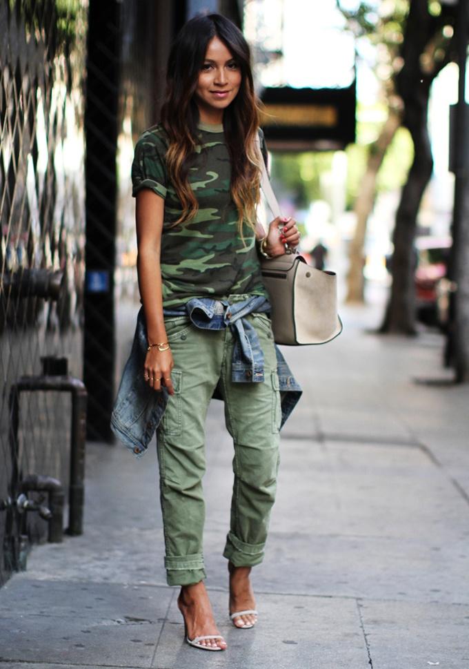 ¡¡ Es cuestión de Estilo !!! - Fashion Blog: Fashion, Inspiration, Cargo Pants, Street Style, Camo Outfits, Camo Casual, Street Styles, Sincerely Jules, Spring Outfit