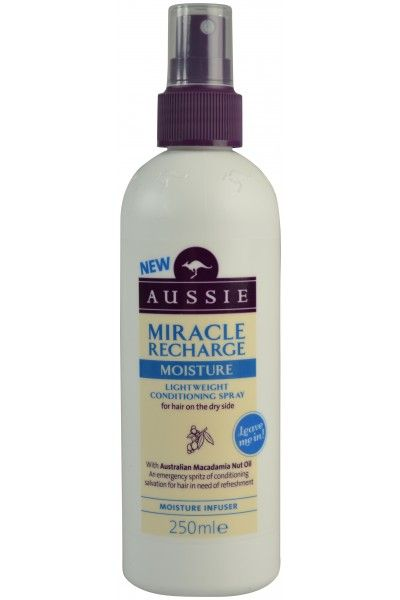 Aussie Miracle Recharge Moisture Conditioning Spray Σπρέι για τα Ξηρά Ταλαπωρημένα & Διψασμένα Μαλλιά 250ml. Μάθετε περισσότερα ΕΔΩ: https://www.pharm24.gr/index.php?main_page=product_info&products_id=10630