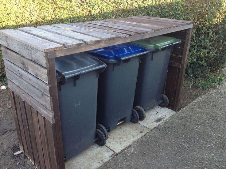 Pallet Wheelie Bin Shelter - GardenGeek.Net