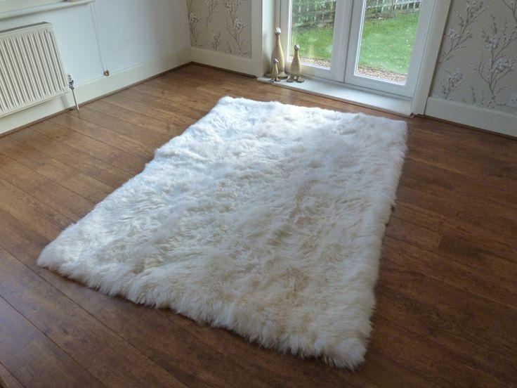 Best 25 White Sheepskin Rug Ideas On Pinterest Faux Fur And