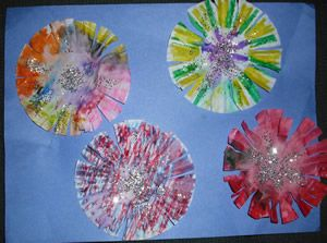 4th of July craft - try with coffee filters