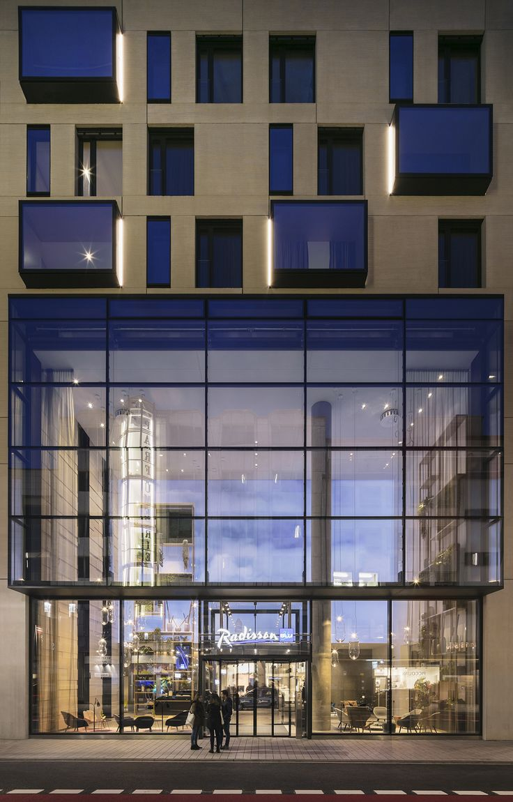 Radisson Blu Hotel in Mannheim, Germany by blocher partners
