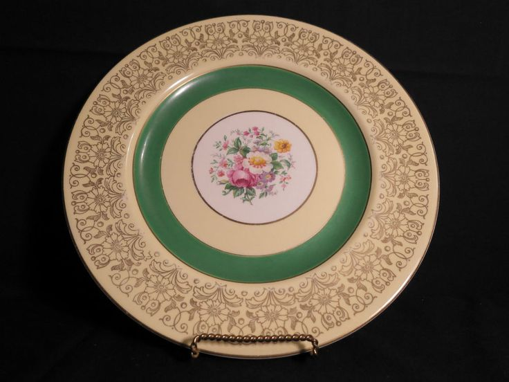 Johnson Brothers Dinner Plate Vintage England Pareek China with Flowers 10 5/8
