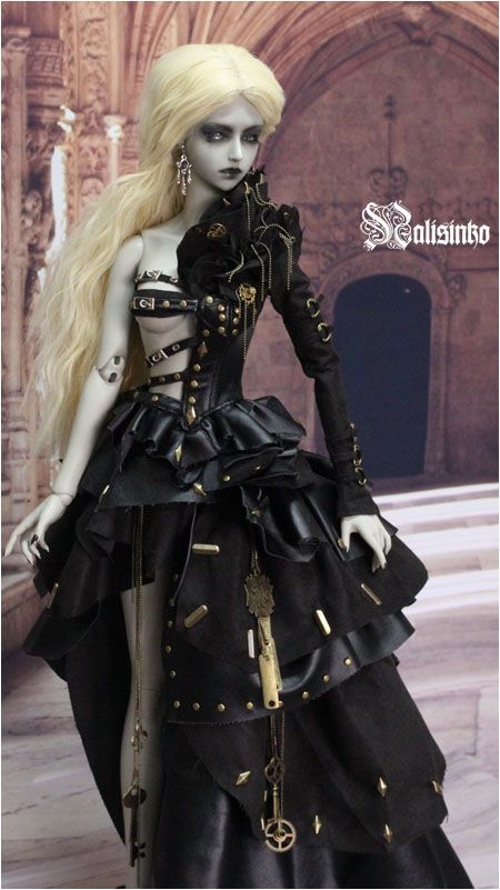 Steampunk and Gothic Ball Jointed Doll by nalisinko.deviantart.com