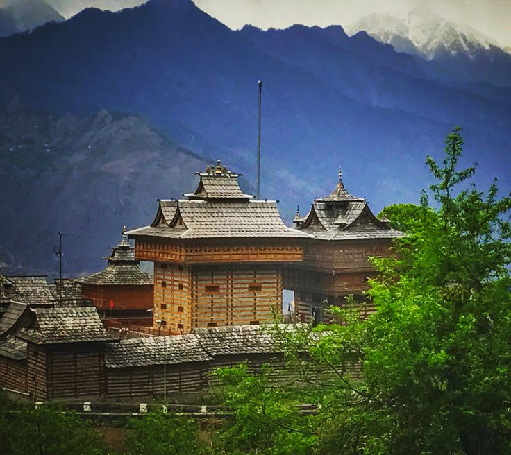 Sarahan and the beautiful Bhimakali temple in typical kinnauri architecture style
