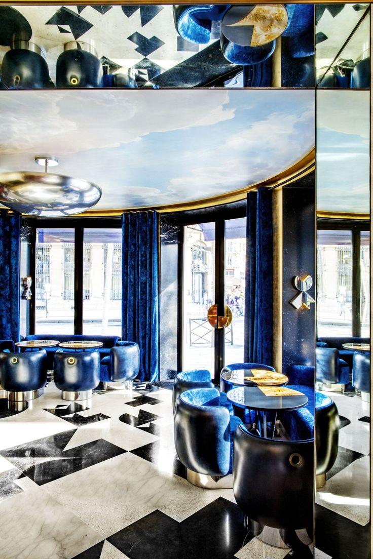 Café Français India Madhavi Place de la Bastille, Paris