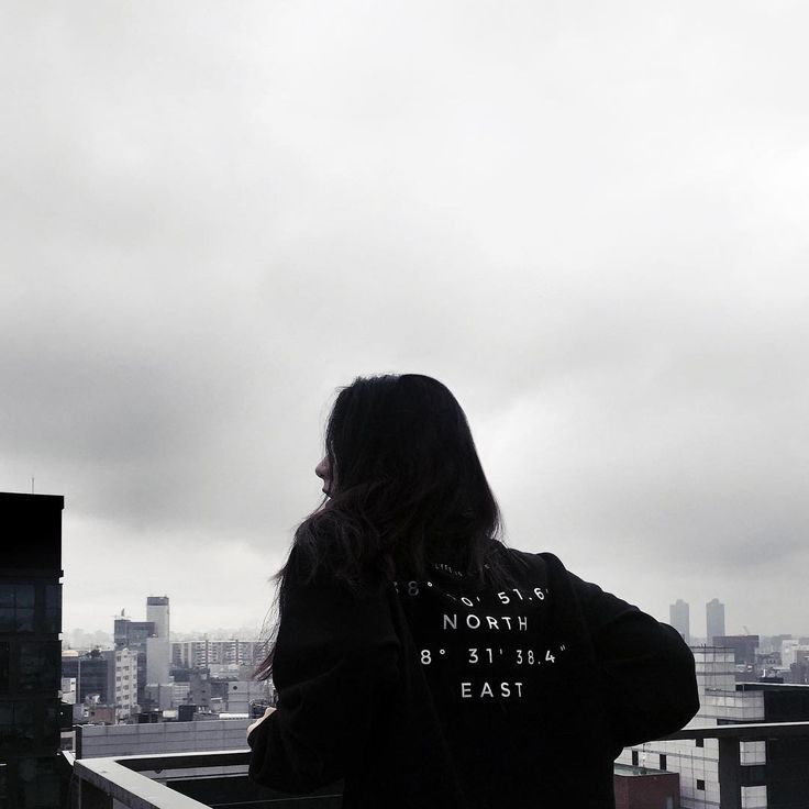www.facebook.com/nowat.dgree  #pluviophile #inspiration #vacation #lifestyle #wanderlust #mood #chill #photography #lookbook #breeze #life #mood #cozy #sweatshirt #minimal #black #dark #clean #style