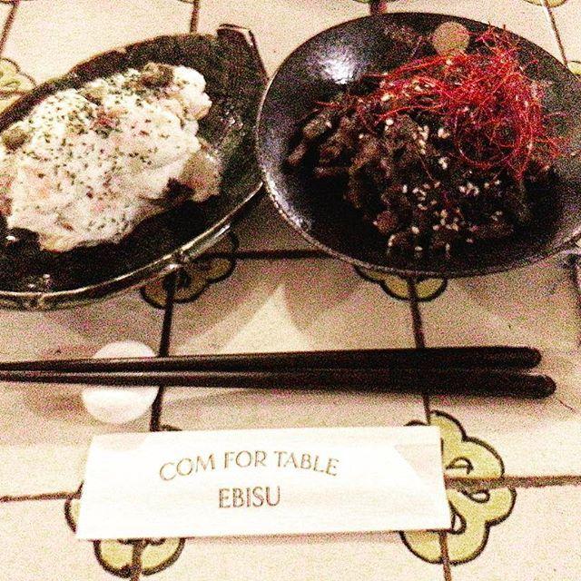 久しぶりに来ました。恵比寿駅東口から5分位の路地にある「COMFOTABLE(コンフォテーブル)EBISU」は、お気に入り。喧騒から少し離れた、隠れ家的なビストロに見えるが、実は、和食屋。コンセプトは、プロの料理人が作る家庭料理。牛肉のきんぴら、ポテトサラダ、シンプルなハムカツなどが、その代表。店舗イメージとギャップが楽しい。そして、ゆっくり出来るのだ。#六本木#恵比寿#和食#美味しかった#料理#肉#魚#テーブル#恵比寿ガーデンプレイス#ビストロ#家庭菜園#家庭料理#シンプル#シンプルコーデ#渋谷#お酒#ワイン#きんぴらごぼう#サラダ#ポテト#ランチ#よるごはん#東京#japan#japanese#kyoto#japanesefood#tokyo