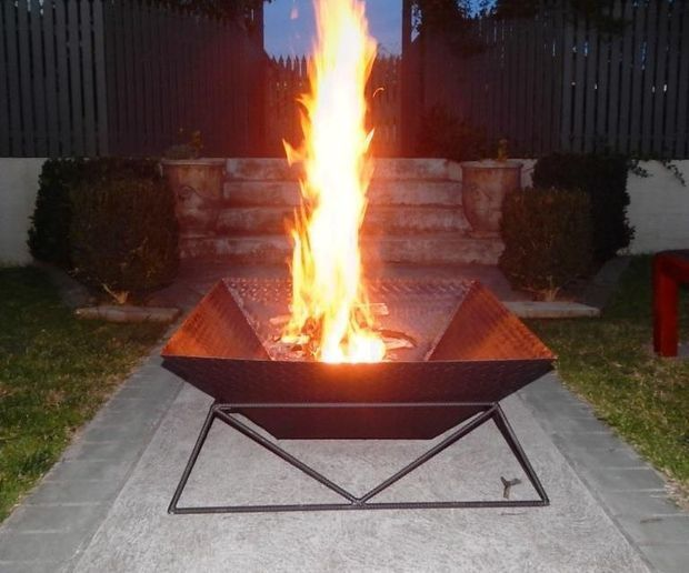How To Make A Cool Steel Fire Pit For Your Back Yard Or Garden Part 80