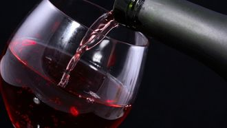 Les 25 meilleures id es tendance taches de vin rouge sur pinterest les taches de vin nettoyer - Tache de vin sur tapis ...
