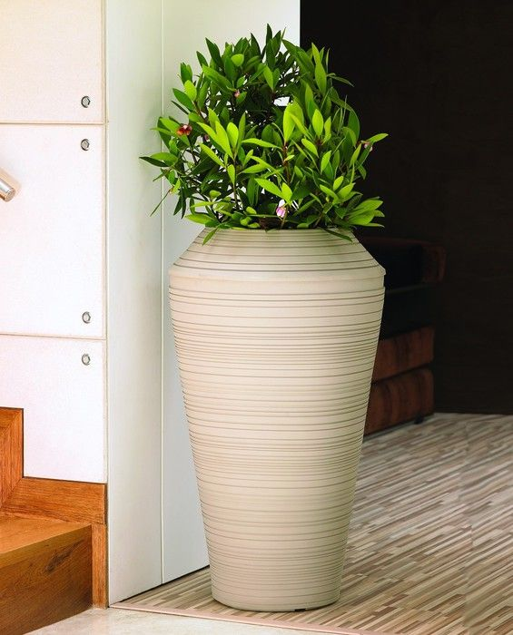 48 Best Images About Tall Planters On Pinterest Raised