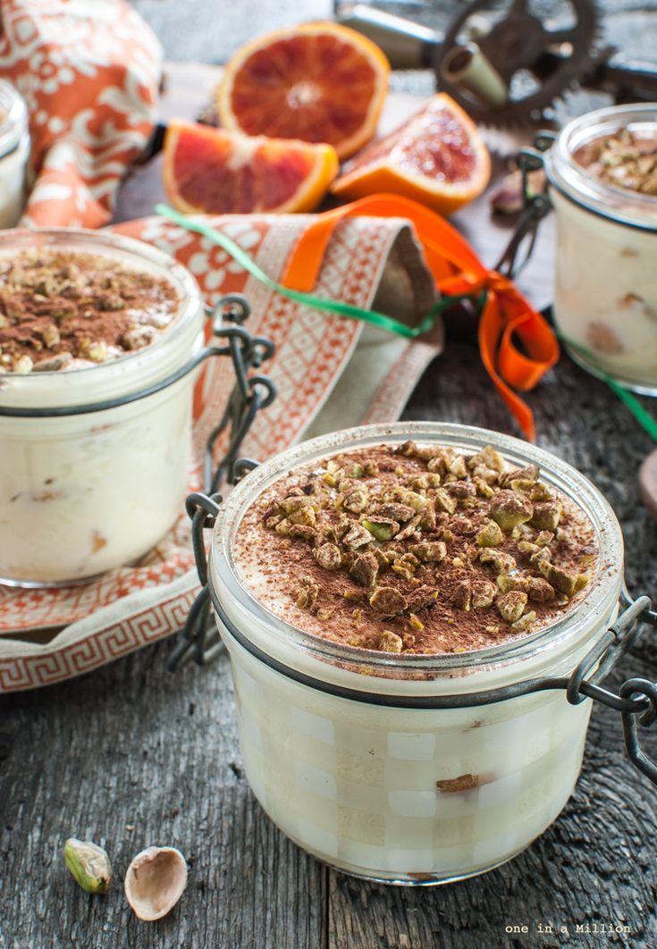 Tiramisù monoporzione con arancia e pistacchi _ Tiramisù in a jar with orange and pistachios