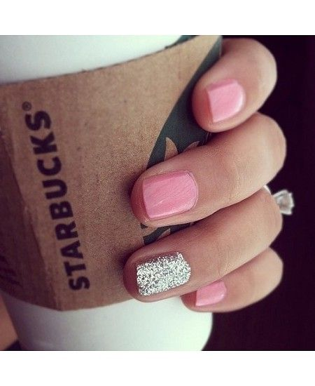 Gliteratti Party: 15 of the best sparkly manis from the interwebs #nails #nailart