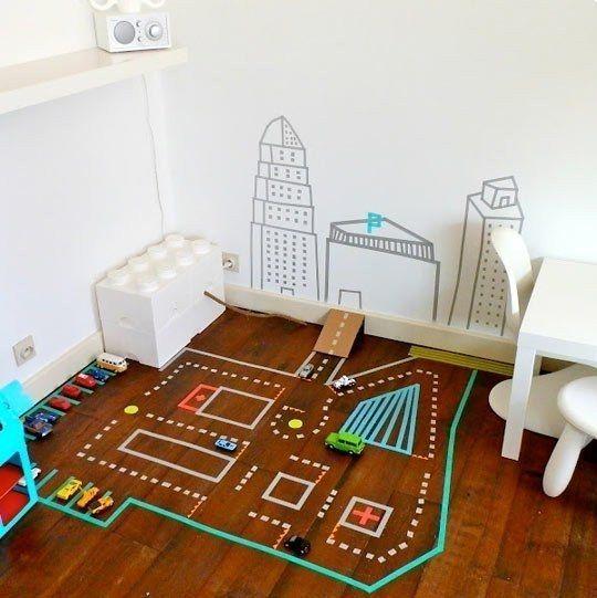 ПОЛЕЗНЫЕ СОВЕТЫ: Идея для игр с детьми с помощью скотча