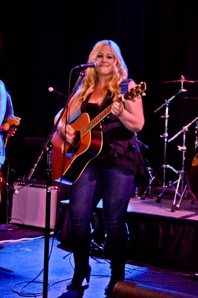 Kara performing with Blontourage at Fantasy Springs Resort Casino.