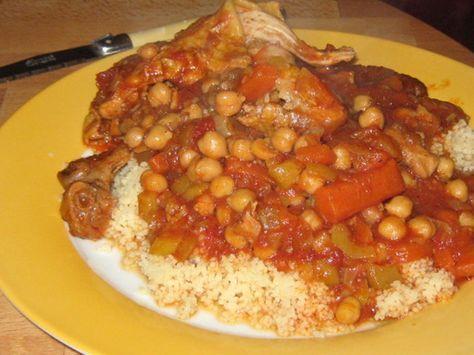 Tested and approved! pilon de poulet, merguez, huile d'olive, concentré de tomate, épice à couscous, harissa, cube de bouillon, tomate, navet, carotte...