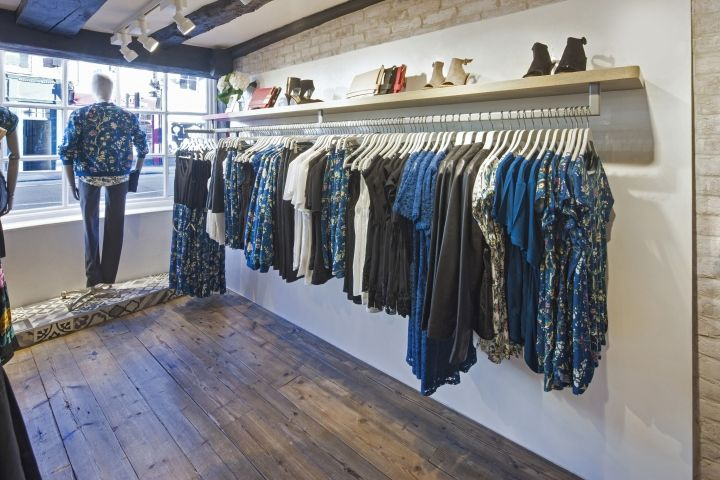 As part of Oasis' extensive, multi-million pound refit program across the country, Farnham's Little House of Oasis store is the first of a number of smaller format, local market-town stores planned for the brand.