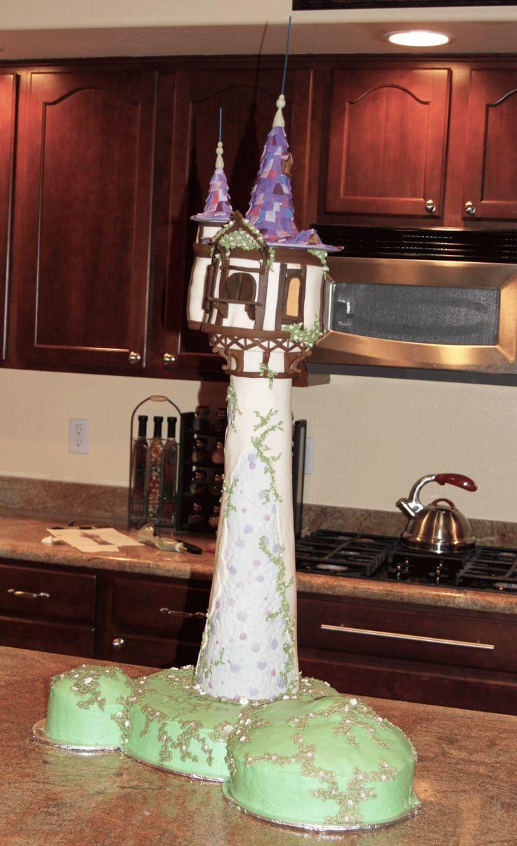 Rapunzels Tower Cake  @Tracey Cheesman  Ainzleys next birthday....