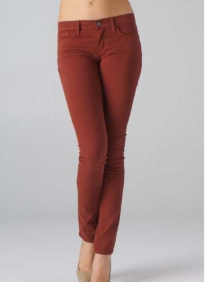 ALL SALES FINAL! NO RETURNS! These fitted colored skinny jeans have a smooth flattering cut and pockets. Made from 98% cotton, 2% spandex. True to size fit.