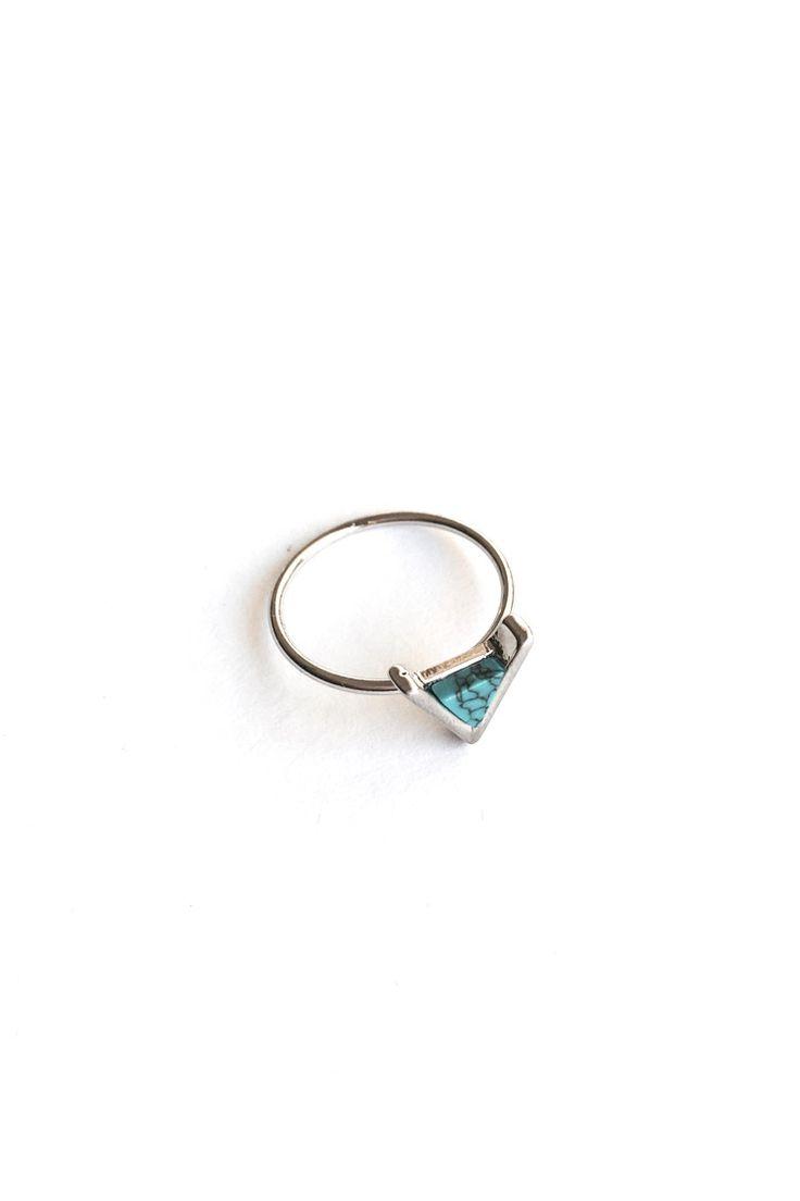 Marble Triangle Δαχτυλίδι - Ασημί - 9,90 € - http://www.ilovesales.gr/shop/marble-triangle-dachtylidi-asimi/