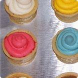 Fun pan to make ice cream cone cupcakes! NH Company, too!