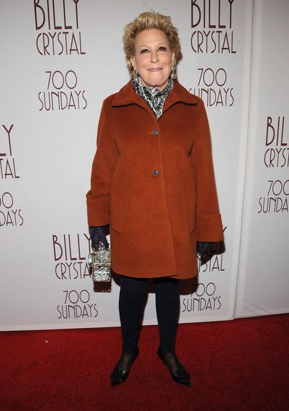 Happy 68th birthday Bette Midler !!!!! 12/01