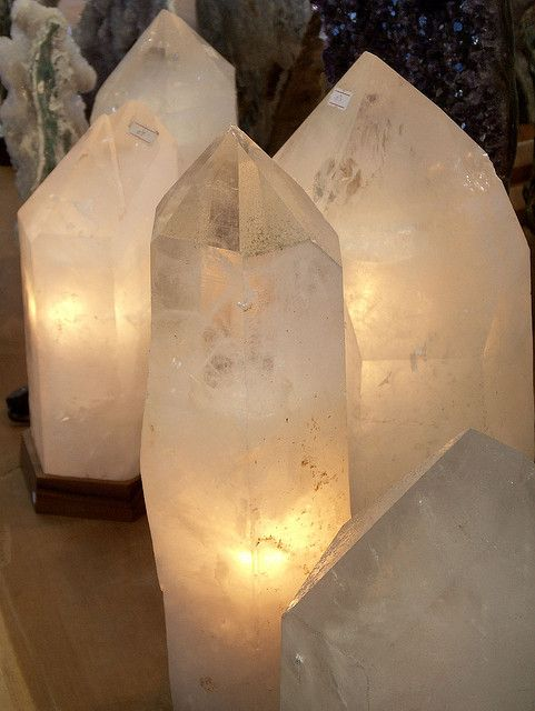 I have never seen these but would buy one in a minute!           Quartz Lamps, Glow by cobalt123.