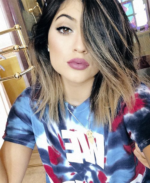 basically obsessed with Kylie Jenner's hair. (embarassing? whatever.)