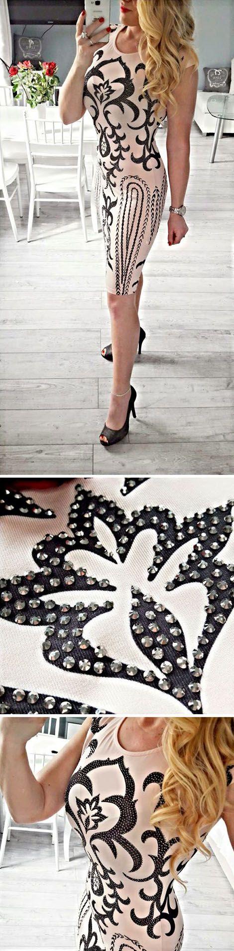 Elegancka sukienka na wiele okazji, randkę, wesele, komunię itp. 😍 S,M 145zł. Zamówienia prosimy składać w wiadomości prywatnej 😍