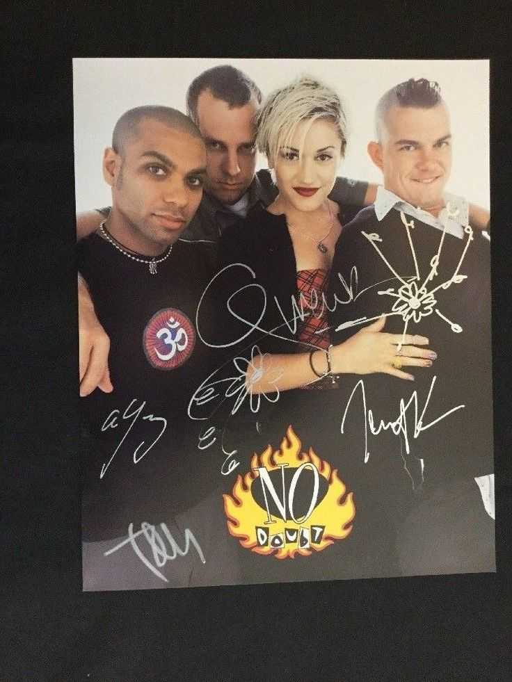 No Doubt 4 Autographs Color 8x10 Photograph Gwen Stefani Kanal Young Dumont