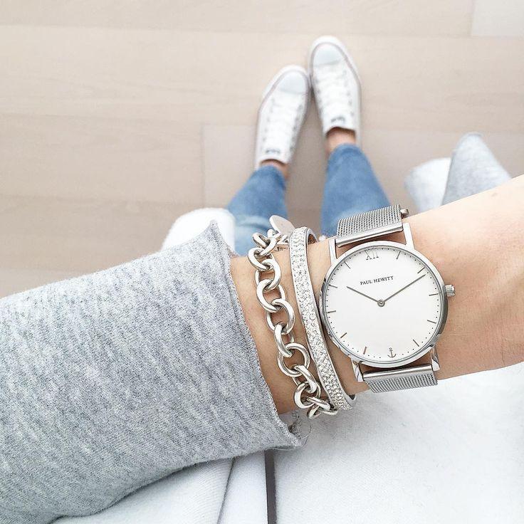 Armbanduhr am arm damen  Die besten 25+ Armbanduhr damen Ideen auf Pinterest | Uhren damen ...