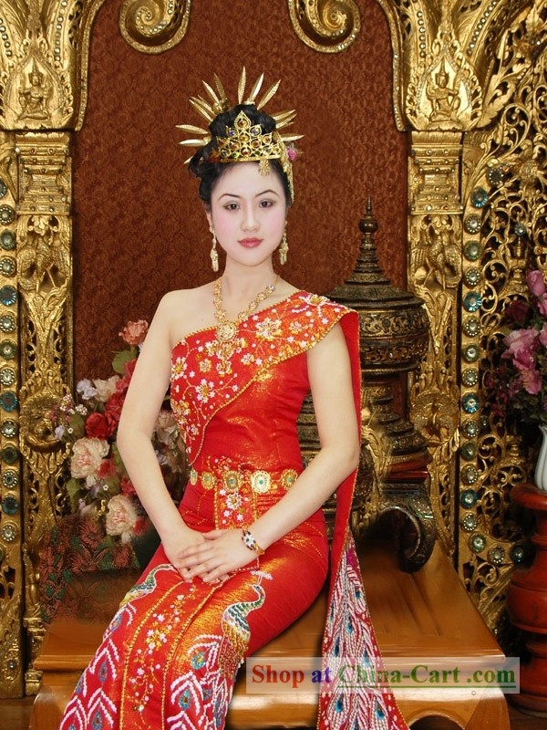 photo woman thai bridal silk dress traditional costume
