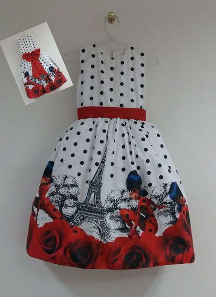 Fantasia Ladybug vestido super luxo . Inclui máscara da personagem. Material do vestido tafetá com estampa digital, com filó armação embaixo e todo forrado por dentro para não incomodar a criança. Com ZÍPER atrás.  Tamanhos 1,2,4,6,8,10