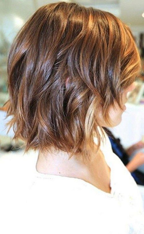 10 Chic Wavy Bob Haircuts: #10. Pieces of blonde wavy bob