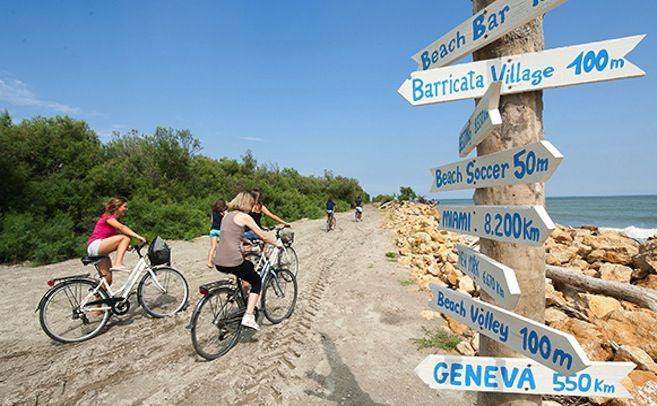 Nel Delta del Po tra il silenzio della natura e il divertimento dei bambini. http://www.familygo.eu/viaggiare_con_i_bambini/weekend-natura/veneto/delta-del-po-escursioni-mare-barricata-bambini.html