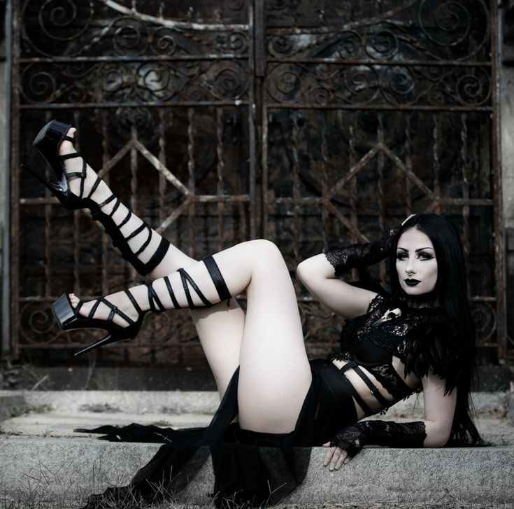 Free full videos of gothic girls, sexy high schooler