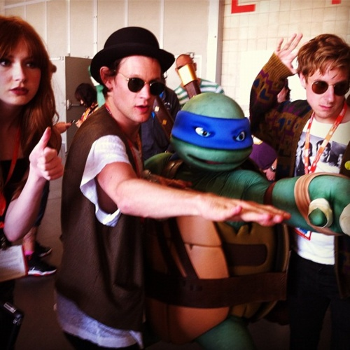 The Doctor Who gang & Ninja Turtle Comic-Con 2012: Arthur Darvill, Karen Gillan, Ninjas Turtles, Karen O'Neil, Mutant Ninjas, Doctors Who, Matte Smith, Ninja Turtles, Matt Smith
