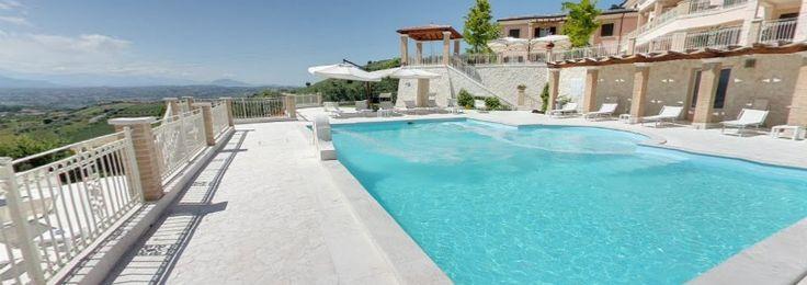 Buongiorno a tutti.  Vi aspettiamo per un tutto in piscina al Resort Incantea a Tortoreto in Abruzzo.www.incantea.it