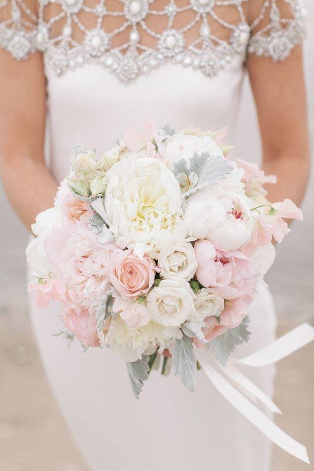 Ramo de novia peonias y rosas pastel