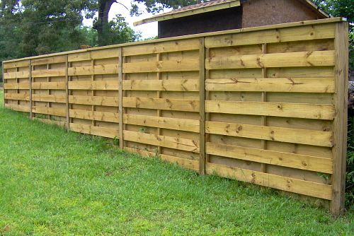 Quality Fencing fast. 100% Satisfaction Guarantee Fast and Dependable