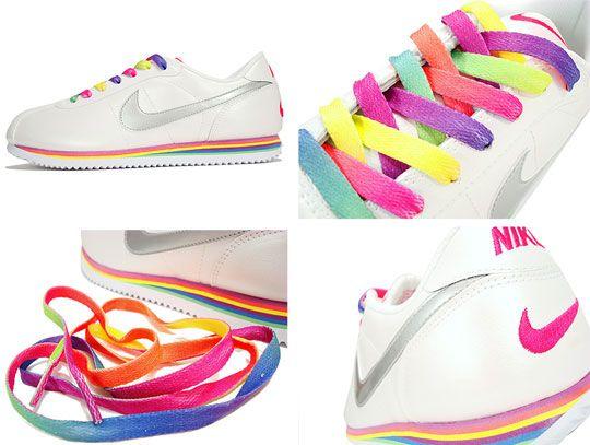 Nike's shoelace ( Rainbow Mania )